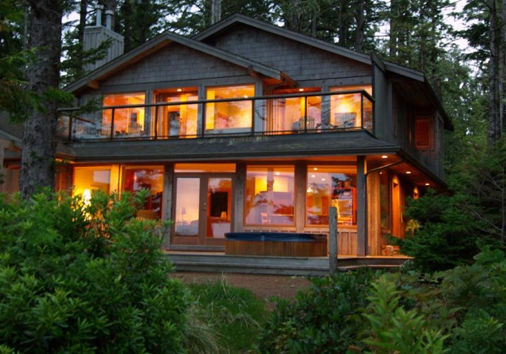 Tofino beach house rentals house decor ideas Rental home design ideas
